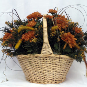A fall basket of mums